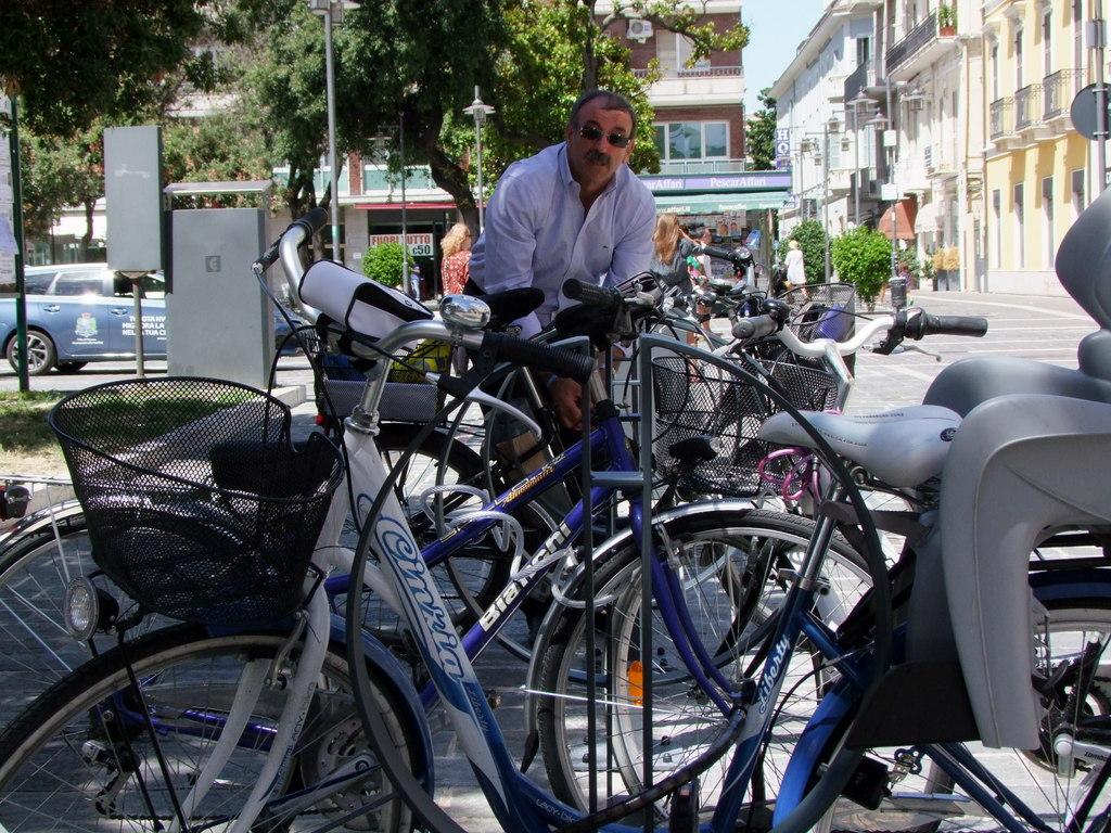 nuovi stalli bici (50)