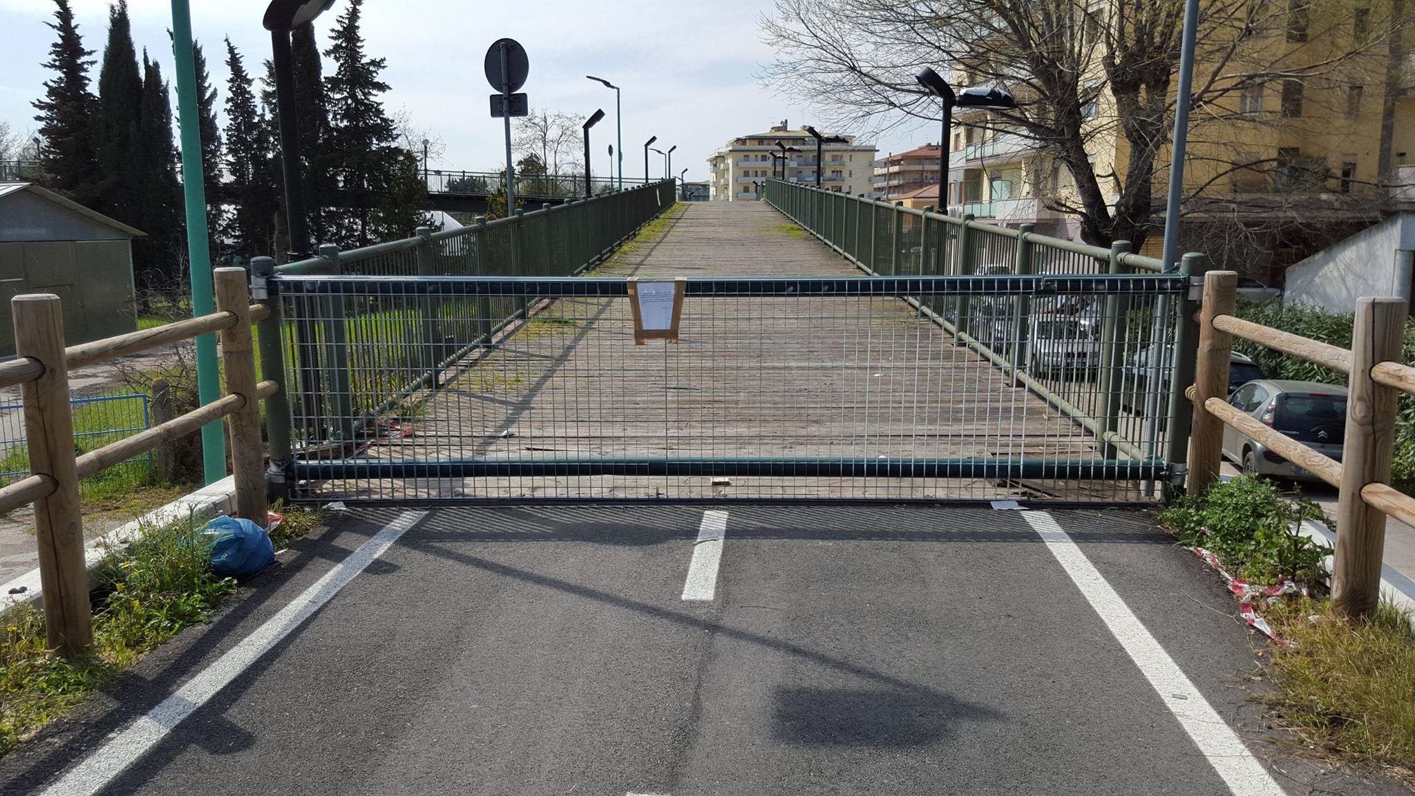 Ponte ciclopedonale di Via Valle Roveto presto di nuovo percorribile