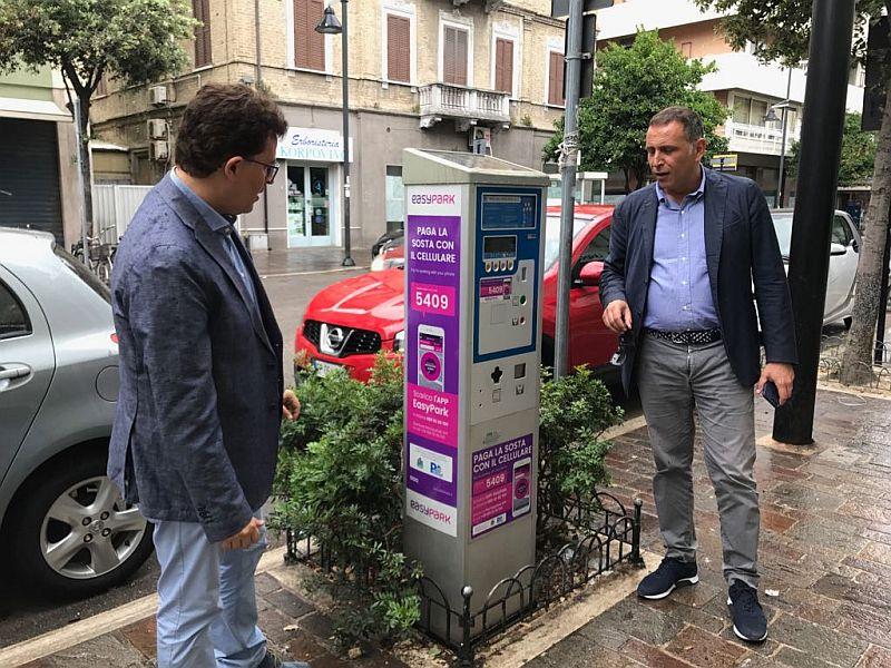 A Pescara arriva EasyPark e la sosta si paga anche con l'App